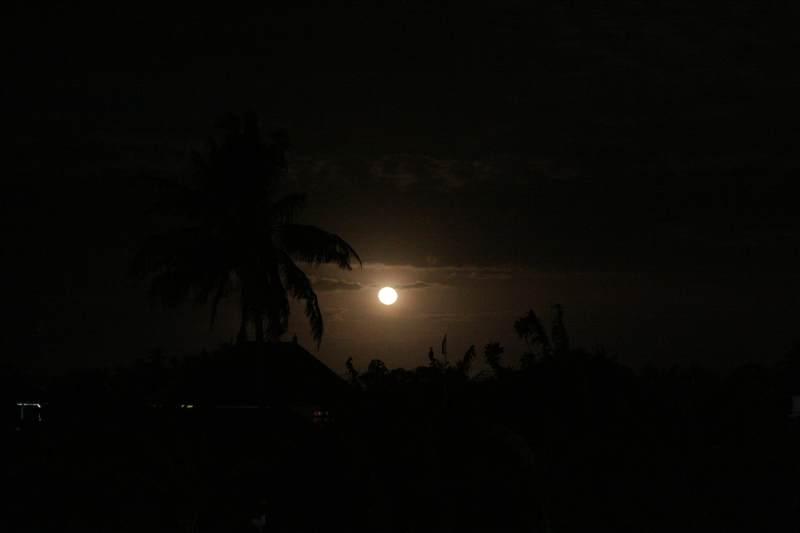 Moon_010